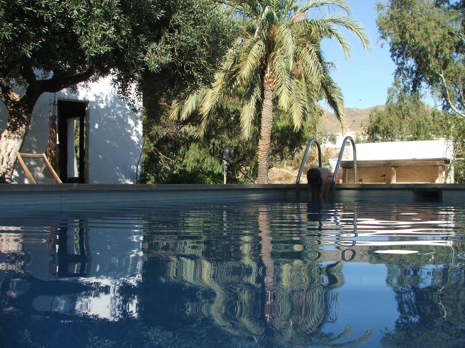Un cortijo en el Oasis de Los Baños de Sierra Alhamilla para pasar un buen momento en plena naturaleza.
