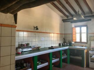 SALTADOR kitchen area